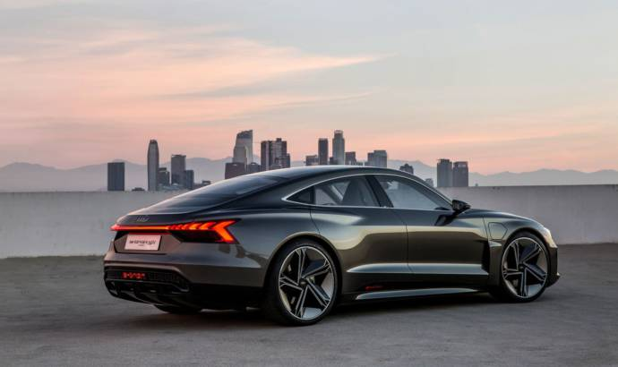Audi e-tron GT is here and can do 400 kilometers with only one charge