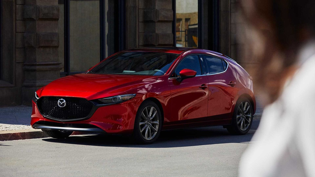 The new generation Mazda 3 revealed in Los Angeles