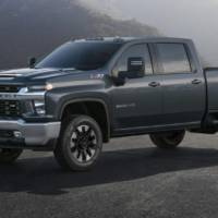 2020 Chevrolet Silverado HD previewed ahead of debut