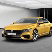 Volkswagen Arteon offers 272 hp engine in UK