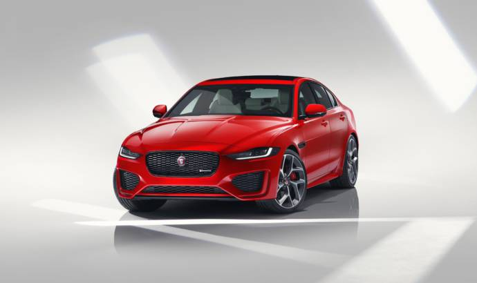 2019 Jaguar XE facelift introduced