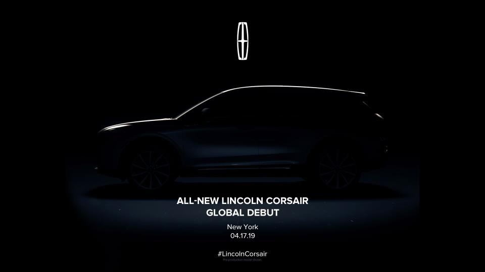 Lincoln Corsair model to be unveiled in New York