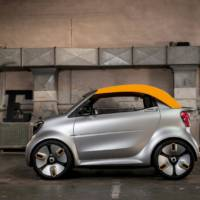 Smart Forease Plus is an electric concept car with detachable roof
