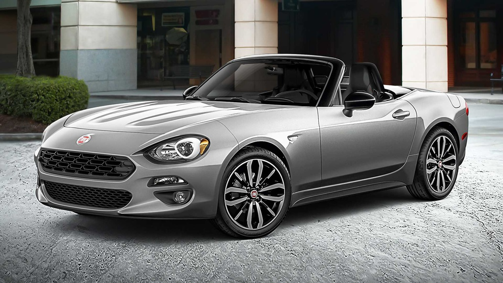 2019 Fiat 124 Spider Urbana Edition will be unveiled in New York