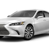 Lexus ES recalled due to knee airbag problem