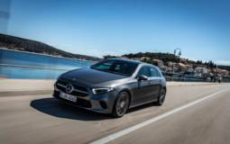 Mercedes-Benz sells about 182000 vehicles worldwide in April