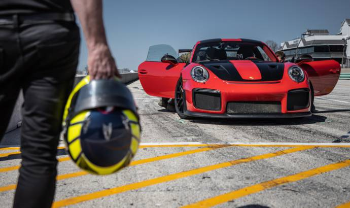 Porsche 911 GT2 RS sets record at Road America