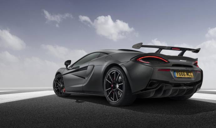 Improved performance and looks with McLaren High Downforce Kit