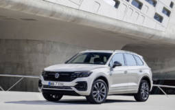 Volkswagen celebrates one million Touareg units with a special edition