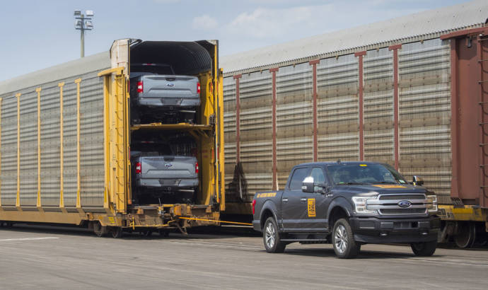 An electric prototype of the upcoming Ford F-150  can tow more than 1 million pounds