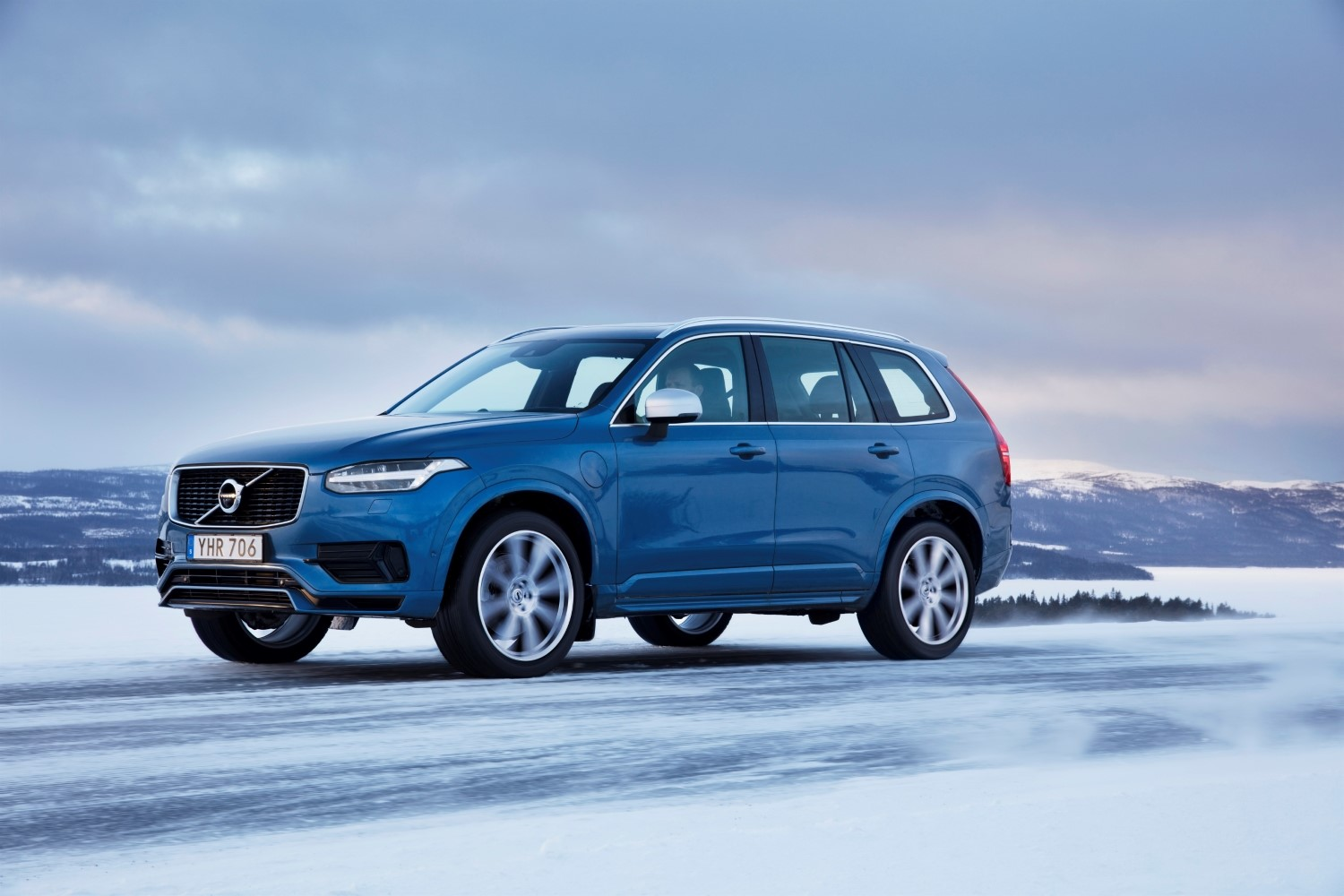 2019 Volvo XC90 SUV Specs, Review, and Pricing | CarSession