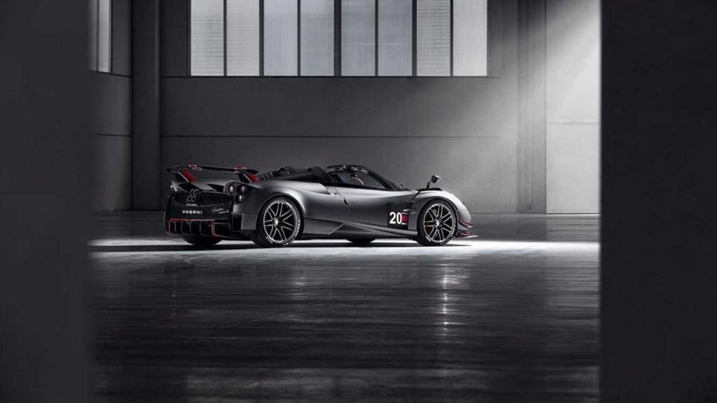 Pagani unveiled the Huayra Roadster BC