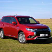Mitsubishi Outlander PHEV revised in the UK