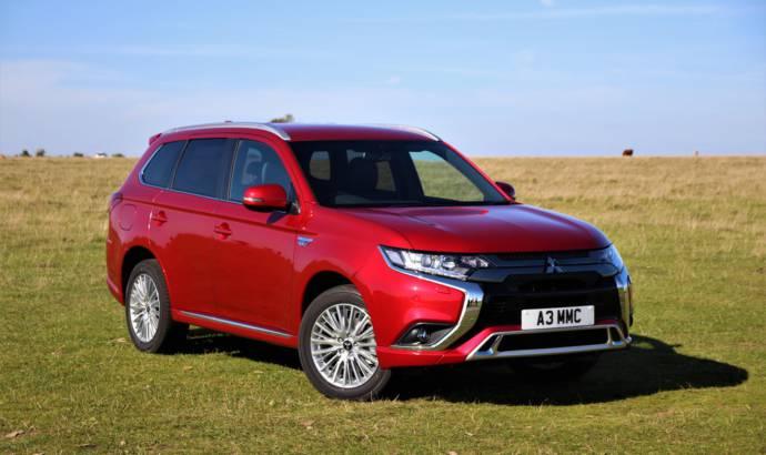 Mitsubishi Outlander PHEV revised in the UK