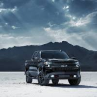 2020 Chevrolet Silverado Midnight Edition unveiled