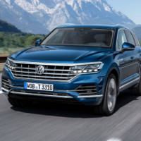 Next Volkswagen Touareg will get an R versions with PHEV
