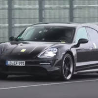 Spy-video. Porsche Taycan Cross Turismo caught around the Nurburgring