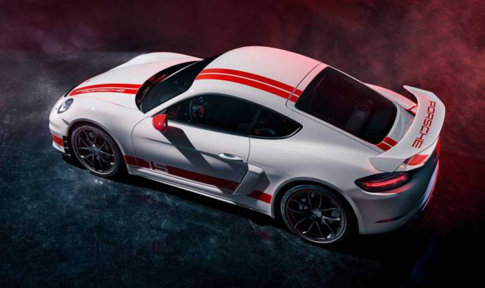 Porsche 718 Cayman GT4 Sports Cup Edition has some visual modifications