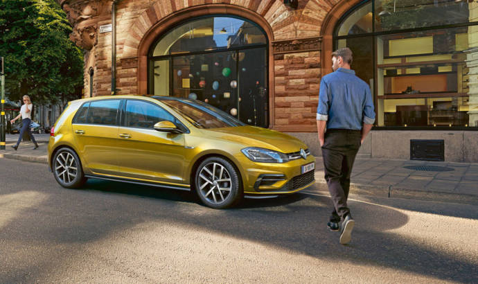 Volkswagen Golf 8 will be unveiled on October 24