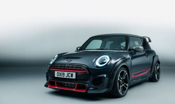 Mini John Cooper Works GP is here with 306 HP