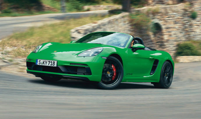 These are the new Porsche 718 Boxster and 718 Cayman GTS 4.0
